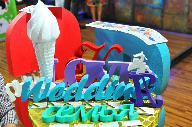 «Это первое мероприятие в свадебной индустрии, которое включило в себя выставку, деловую часть, национальную Премию и развлекательную программу – говорит организатор Свадебного Фестиваля, известный продюсер Александр Изотов – и, безусловно, в следующем Фестивале, который состоится в апреле 2015 года, мы учтем многочисленные интересные и актуальные пожелания участников нашего события».