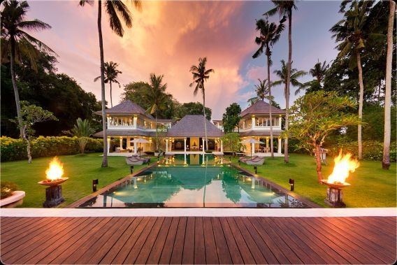 Villa Matahari - Bali, Indonesia   Daniel and Bianca's pre wedding pool party..