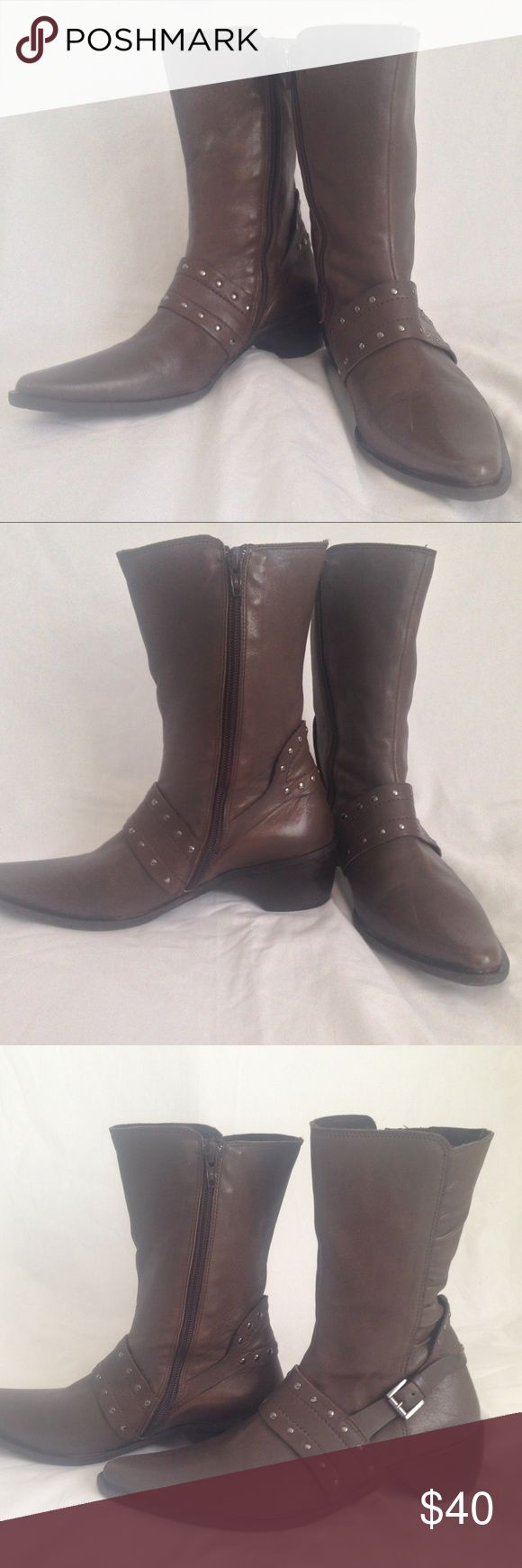 "FIDJI leather mid calf boots FIDJI leather mid calf boots, beautiful taupe color. Very soft upper leather and lining, rubber soles. made in Portugal. About 1.75"" heel, 8"" shaft. Excellent condition FIDJI Shoes Combat & Moto Boots"