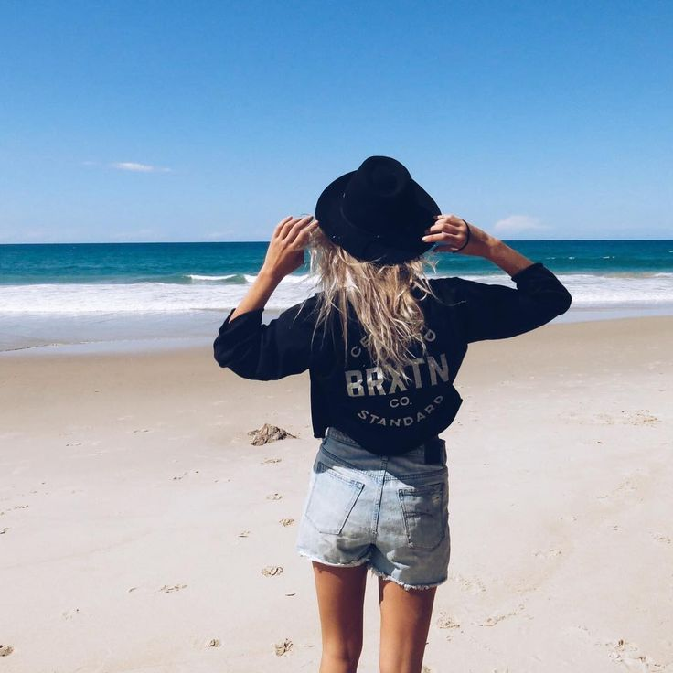 Two of our favorite things: Beach + Brixton