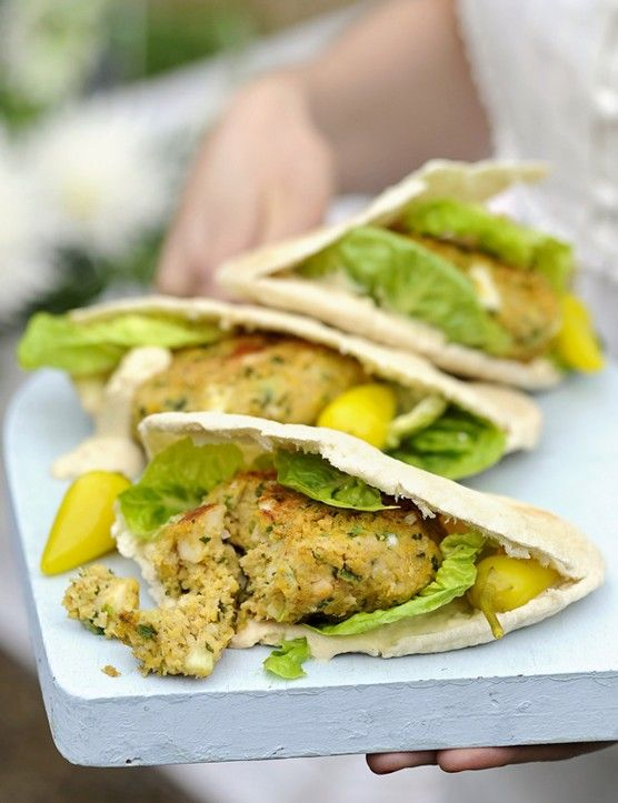 Falafel and Halloumi Veggie Burger Recipe A great low-calorie recipe for vegetarians. A hearty chickpea burger stuffed into a pitta pocket. For a smoky flavour, try cooking these easy-to-make falafel on the BBQ then serve in warm pitta with traditional pickled chillies.