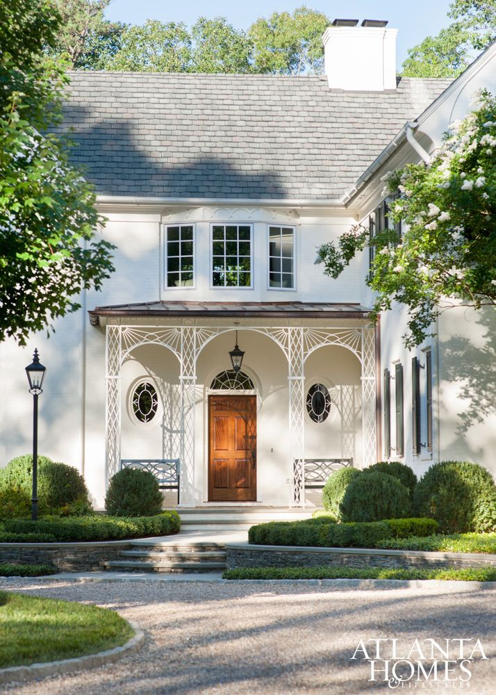 Tour An English Regency Inspired Home Design Chic White Exterior Houses Architecture Regency Architecture
