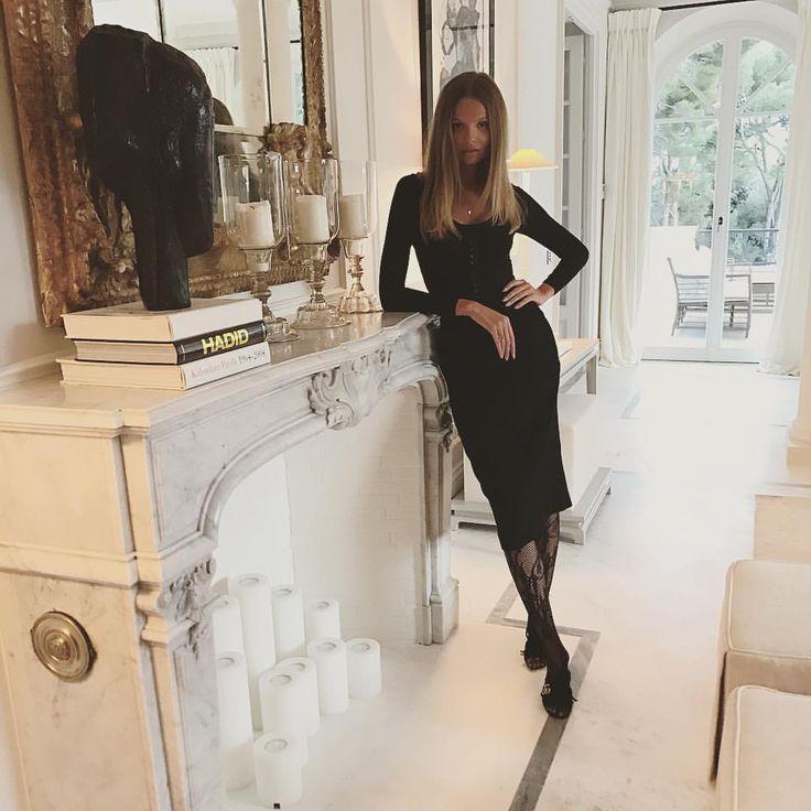"""""""Mi piace"""": 12.9 mila, commenti: 61 - Magdalena Frackowiak (@frackowiakmagdalena) su Instagram: """"Night out ! Hello ! """""""