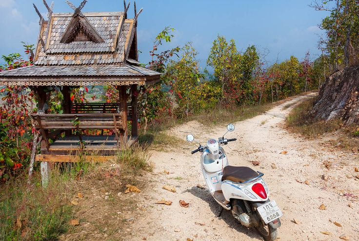 Chiang Mai to Mae Song Hoon, Pai on two wheels!