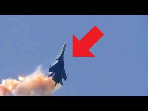 CRAZY RUSSIAN PILOTS - AWESOME RUSSIAN FIGHTER JET MANEUVERS: COBRA MANEUVER, LOW PASS FLYBYS & MORE