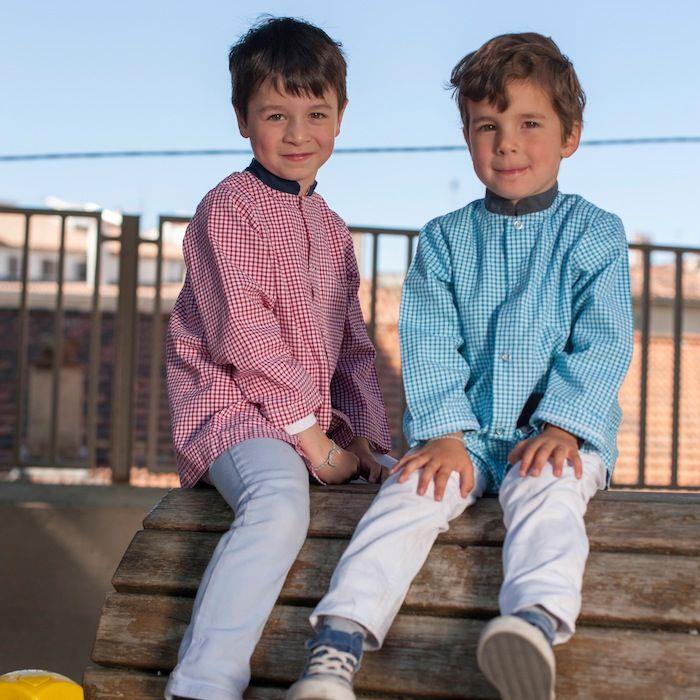 tablier ecole enfant tablier garçon vichy rouge et bleu http://www.happyzoe.com/fr/34-tabliers-enfants