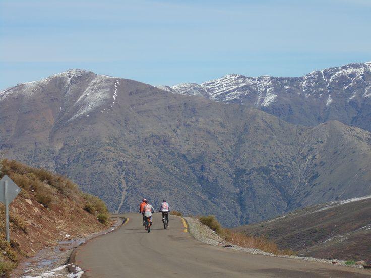 tours en bicicleta,trekking,rafting,Cajon del Maipo.www.gbiketours.net