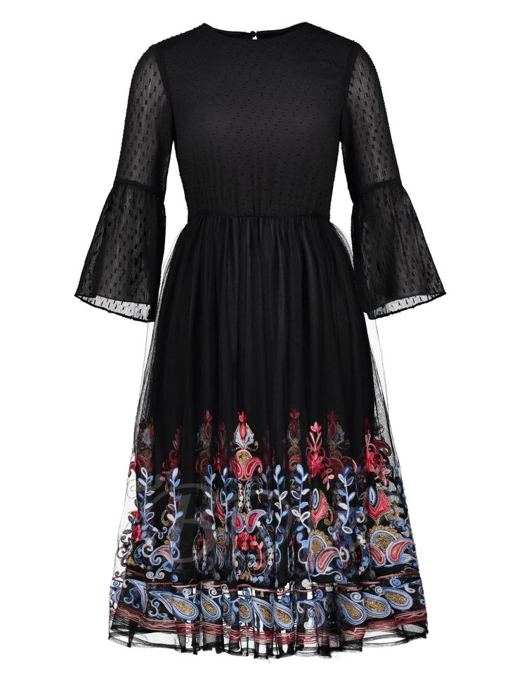 Tbdress.com offers high quality Bell Sleeve Tiered Printing Women's Day Dress Day Dresses unit price of $ 22.99.
