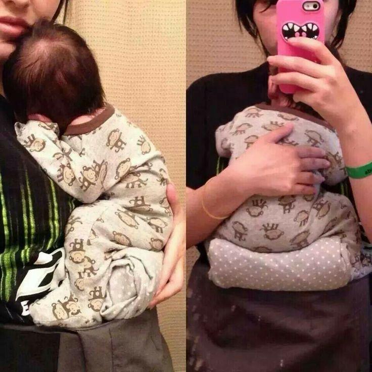 """Pomůcka pro nosítka, která nejsou vhodná pro novorozence (kvůli šířce a výšce zádové opěrky) - složenou dekou se udělá pro miminkou """"podložka"""" do nosítka, takže je celé včetně nožiček schované uvnitř."""