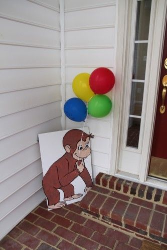 curious george decorations | ... . We used a curious George theme! Here are some of the decorations
