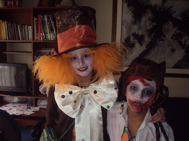 Daniel Cubillos y Juliana Cubillos. Maquillaje y disfraz por Juliana Cubillos.