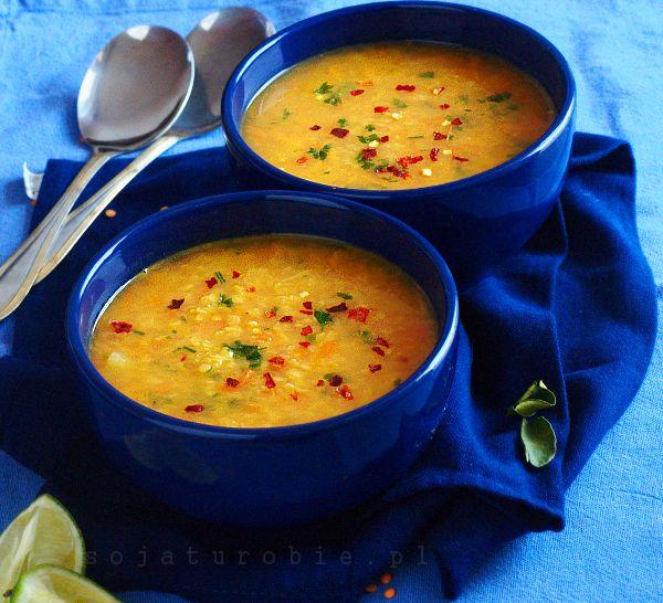Zupa z soczewicą i mlekiem kokosowym