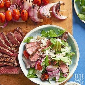 Grilled Steak Salad with Fresh Horseradish Dressing- Make this hearty steak salad recipe for dinner tonight for a serving of veggies and protein. This main dish salad recipe will keep you satisfied for hours. #RecipesForDinner