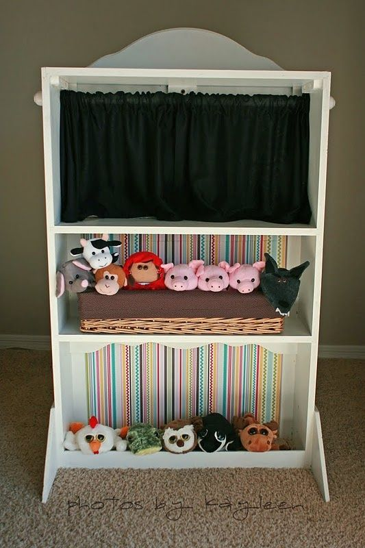 Puppet Theater. I think my hubby will be making me one of these. :)