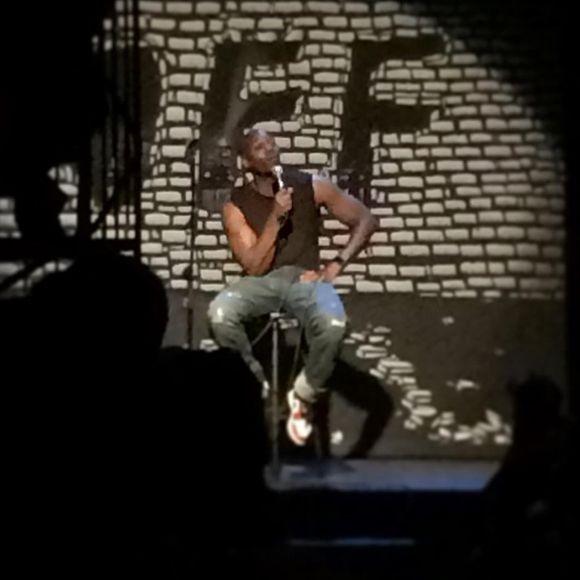 Dave Chappelle donne un spectacle surprise à Montréal en plein milieu de la nuit   HollywoodPQ.com