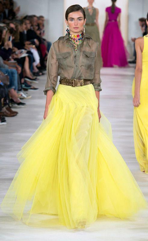 Ralph Lauren RS15 camisa semitransparente caqui y falda larga tules amarillo