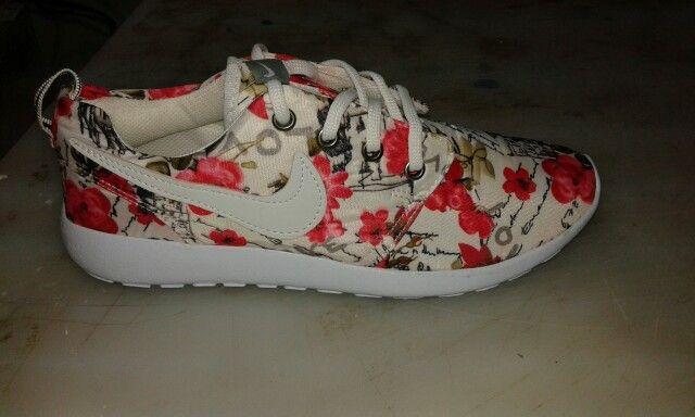 Nike roc