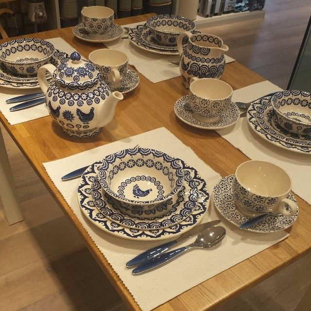 In love with this Emma Bridgewater dinner set. #emmabridgewater #love #dinner
