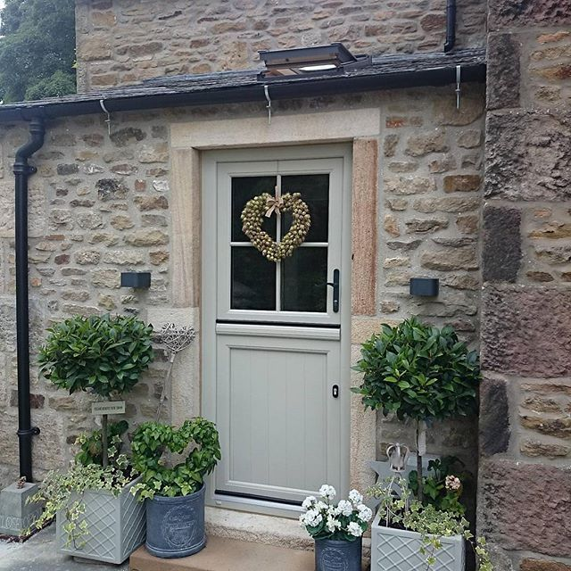 I just love this country entrance way. What a lovely door colour!  If you like this pin, why not head on over to get similar inspiration and join our FREE home design resource library at http://www.TheHomeDesignSchool.com/signup