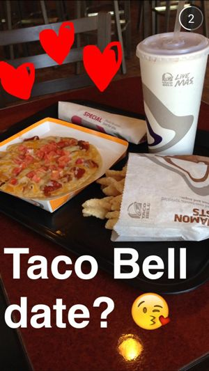 """If Ryan asked me to have a taco bell date, I'd say, """"Hell yeah!"""""""