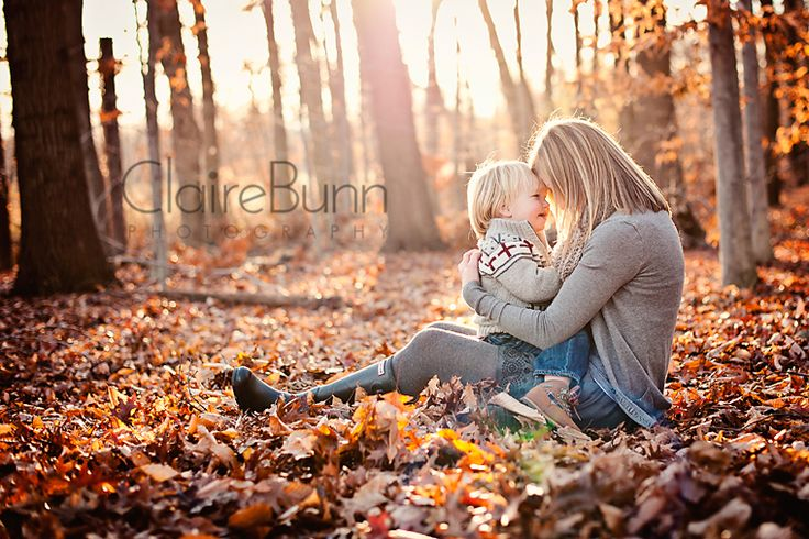 Claire Bunn Photography - mom and child in autumn leaves in forest  Lovely pose