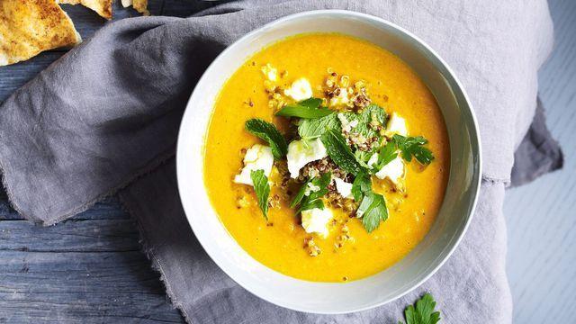 Soupe de carottes, quinoa et feta.