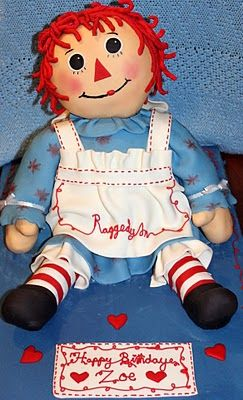 Raggedy Ann birthday cake - my mother would have loved this!