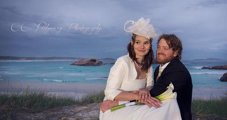 Welche Herausforderungen und Strapazen mit den australischen Behörden Romy vor ihrer Hochzeit in Australien bewältigen musste, berichtet sie uns im Interview.