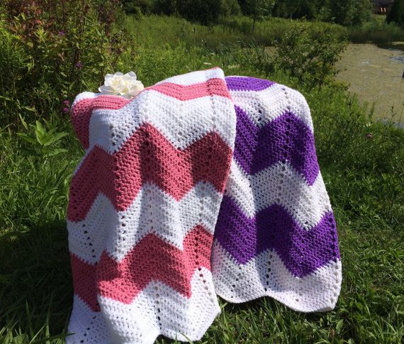 Harper Chevron Blanket Large Alternating by ARainbowInTheClouds
