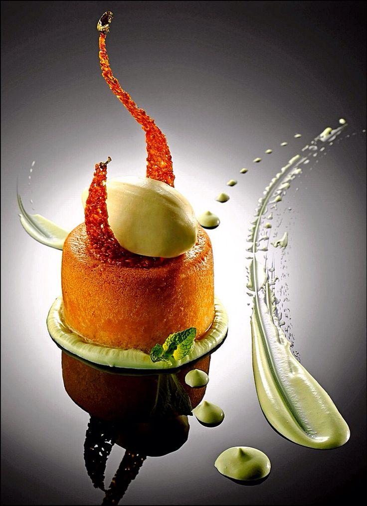 Je suis passé devant ce splendide dessert, et j'en suis resté baba ! ;) (Château Saint-Martin & Spa) L'art de dresser et présenter une assiette comme un chef de la gastronomie... http://www.facebook.com/VisionsGourmandes Participez également au Club en partageant vos réalisations personnelles… https://www.facebook.com/groups/VisionsGourmandesLeClub/ . > Photo à aimer et à partager ! ;) #gastronomie #gastronomy #chef #presentation #presenter #decorer #plating #recette #food #dressage…