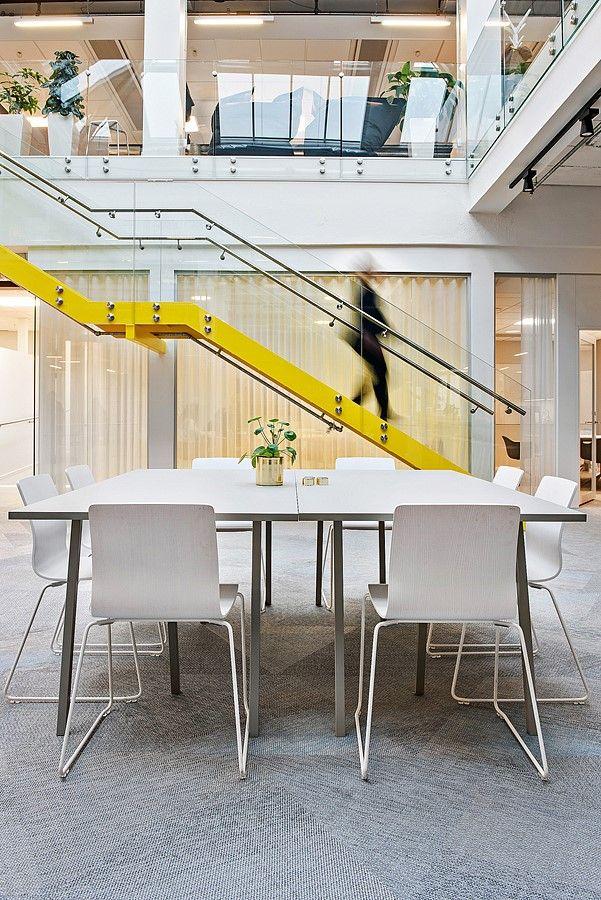 Here our EFG Nova chair in a central and bright social area. #europeanfurnituregroup #efgnova #Scandinaviandesign #interiordesign #officeinterior #officedesign #interiors #furniture #office #workplace #inspiration #design #interiorarchitecture #table #canteen #chairs #inredning #kontor #inredningsdesign #interiör #arbetsplats #mötesplats #möbler #kontorsmöbler