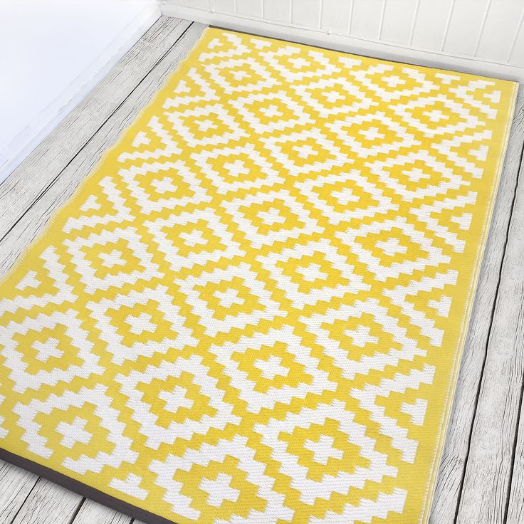 17 Best Ideas About Yellow Rug On Pinterest