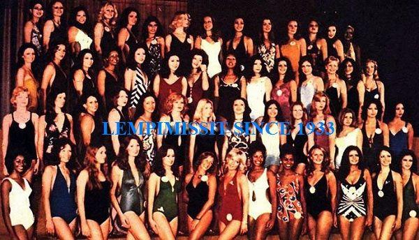 MISS WORLD 1974, Anneline Kriel 4th from left back row,