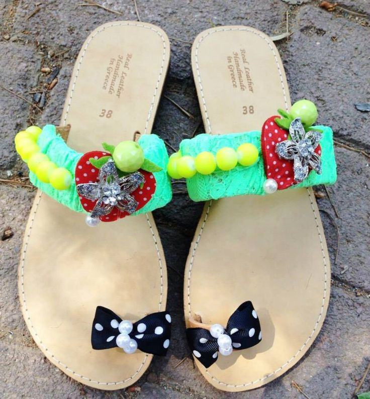 handmade decorated sandals with felt strawberry,yellow pearls green lace and dot bows #sandals #summer #dotbow #strawberry #girls #pinup #beachsandals #greeksandals