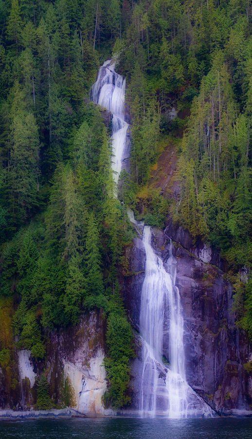 ✮ Island Falls - BC, Canada