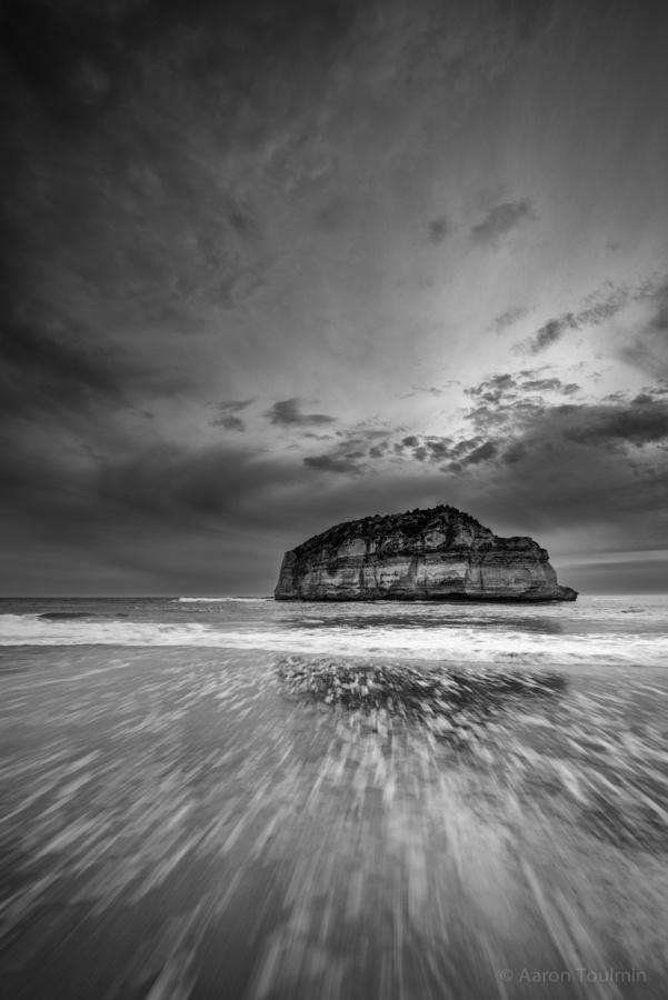 Childers Cove B by Aaron Toulmin, via 500px near Warrnambool, Victoria Australia