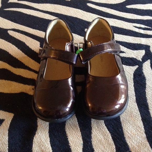 手机壳定制jordan  releases Jumping jack girl shoes Beautiful patent leather shoes Only worn once for a couple of hours Clean bottom jumping jack Shoes