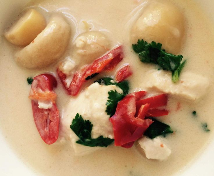 Recipe AUTHENTIC THAI TOM KHA GAI (COCONUT CHICKEN SOUP) by Aussie TM5 Thermomixer - Recipe of category Soups