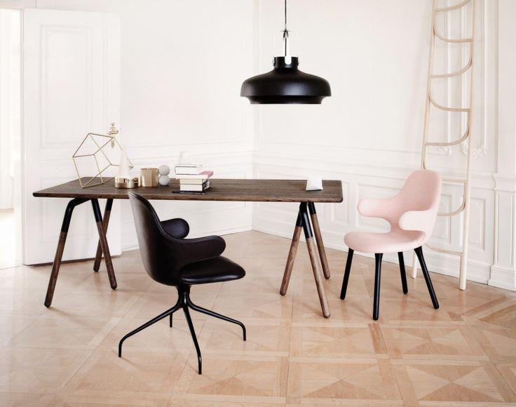 Kožená otočná židle Catch JH2 od &tradition, černá kůže | DesignVille