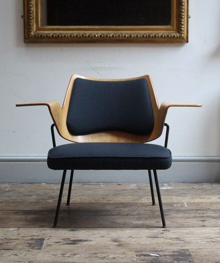 A model 658 chair designed in 1951 by Robin Day for Hille. The chair was originally developed for the Royal Festival Hall.