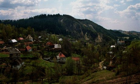 Romanians mobilise in protest against gold mine plans