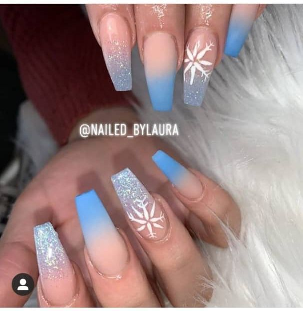 22 Beautiful Frozen Nails Design Ideas Acrylicnailssquoval In 2020 Frozen Nails Winter Nails Acrylic Frozen Nail Designs