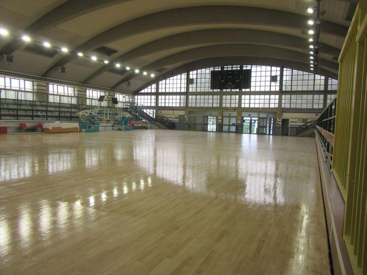 #maintenance #sanding #markings #painting #basketball #volleyball #parquet #floor #flooring #floors #sportsfloor #sportsflooring #sportsfloors #hardwood #hardwoodfloors #hardwoodflooring