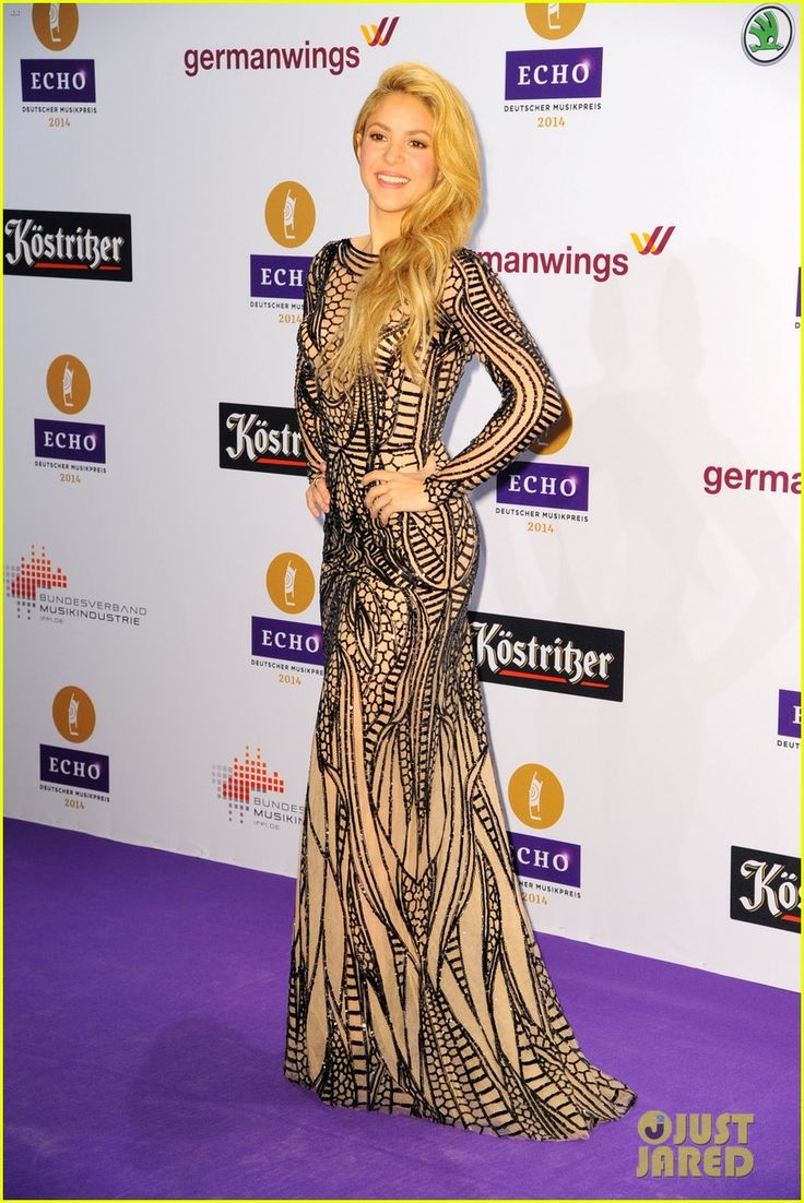 shakira self titled album debut at number two 05 Shakira and Kylie Minogue both walk the purple carpet at the 2014 Echo Music Awards held on Thursday (March 26) in Berlin, Germany.    Also in attendance was rising…