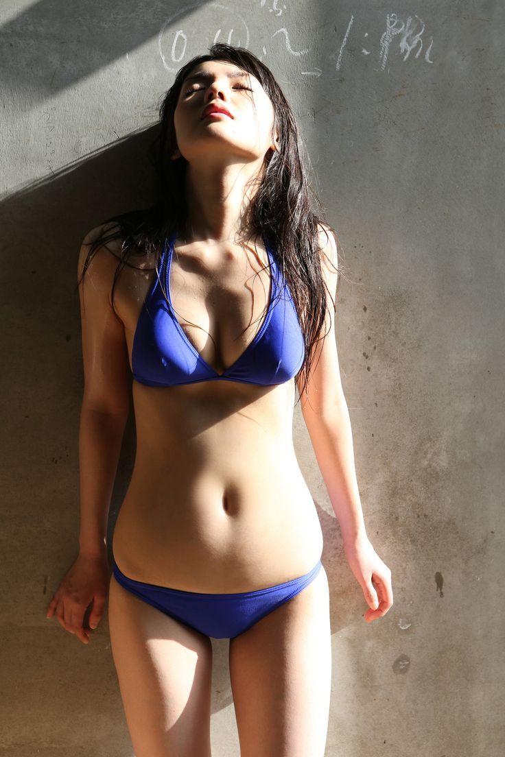 道重さゆみ (Sayumi Michishige)