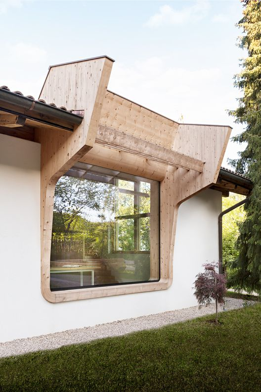 built by messner architects in collalbo italy with date images by meraner hauser workshop renovation transformation of a traditional alpine workshop - Seecontainerhuser Wa