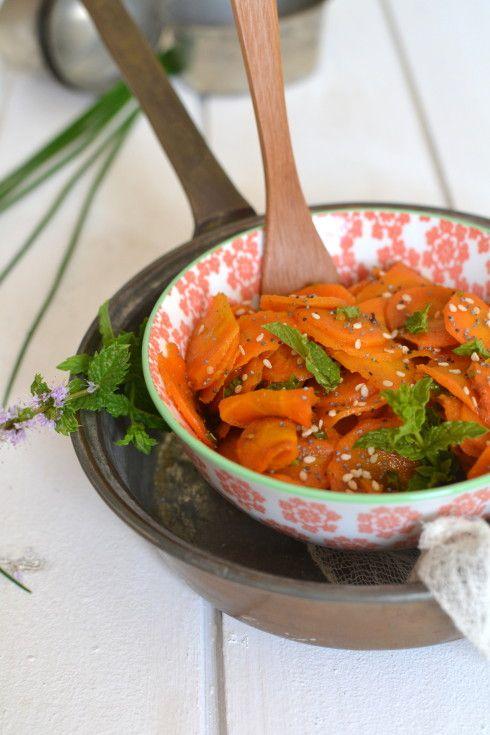 Salade de carottes à la marocaine : carottes, oignon, ail, coriandre ou menthe, cumin, citron, graines de sésame #curetonfoie