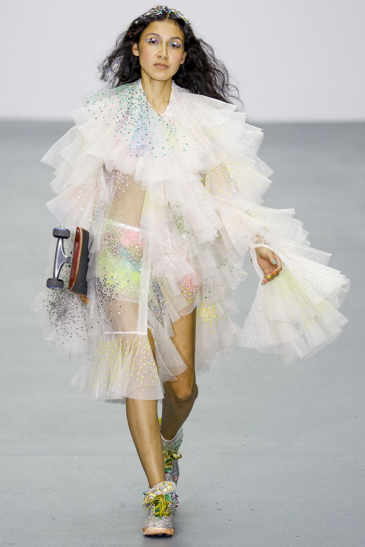 Ashish Spring 2016 Ready-to-Wear Collection Photos - Vogue