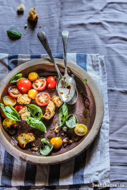 Tuscan Salad with Tomatoes, Basil, Toasted Bread and Fennel Seeds