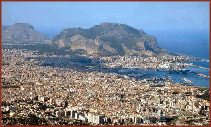 Palermo - Monte Pellegrini, l'Ercte di Polibio L'identificazione di Monte Pellegrino con l'Ercte o Eircte menzionato da Polibio a proposito di Panormus durante la prima guerra punica nel 247 a. C. (Amilcare vi pone l'accampamento tenendo testa ai #montepellegrino #palermo #polibio